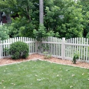 picket fence concept when needing to enclose backyard for your dog, call experienced fence companies in Chicago Heights